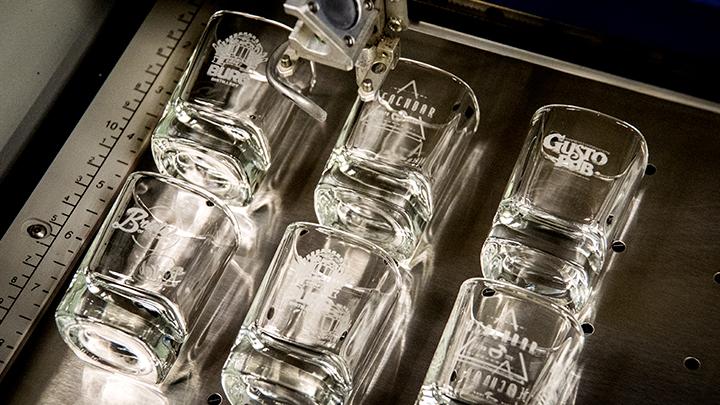 Stiklo graviravimas